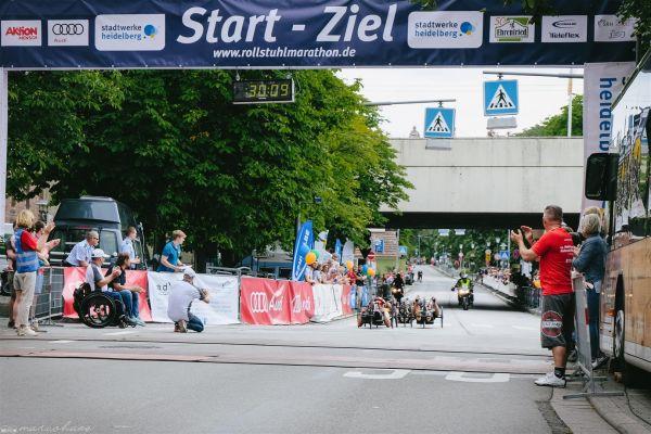 15-internationaler-rollstuhl-marathon-hd-197-largeCC32608C-6EED-C66D-0BBD-EAC6A77F17E8.jpg