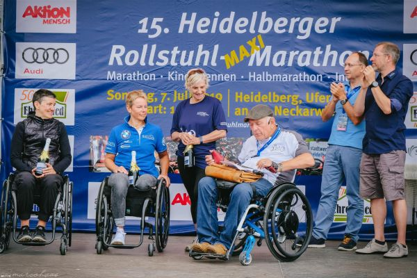 15-internationaler-rollstuhl-marathon-hd-319-largeC1B37C38-3FE9-A8AA-C950-A1874F4B012E.jpg