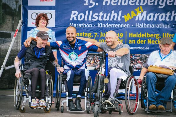 15-internationaler-rollstuhl-marathon-hd-322-large9E35000F-90FE-39D8-1A88-7860DBEB471F.jpg